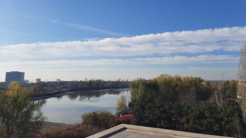 ShantiLake, vedere Lac Grivita